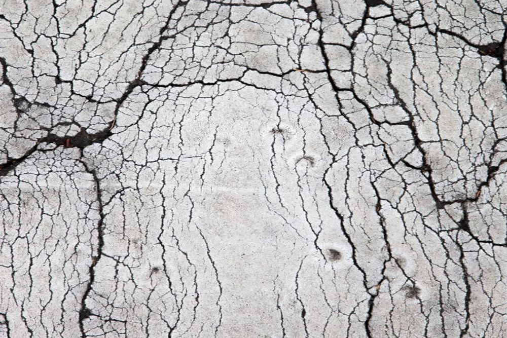 Distorted or Cracked Paint